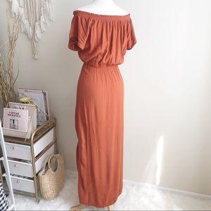 H&M Dresses - H&M Burnt orange Maxi Dress